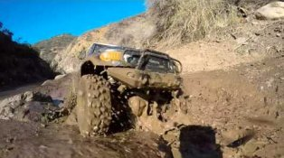 HPI TV Video: Getting a little muddy with the Venture FJ