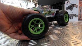 HPI TV Video: NEW HPI Savage XS Vaughn Gittin Jr @ Nuremberg Toy Fair 2016