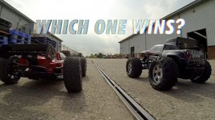 HPI TV Video: Savage FLUX vs Trophy Truggy FLUX