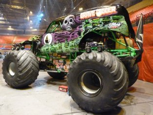 No Limit RC At Pembrey And Birmingham Monster Jam At HPI Racing - Monster car show