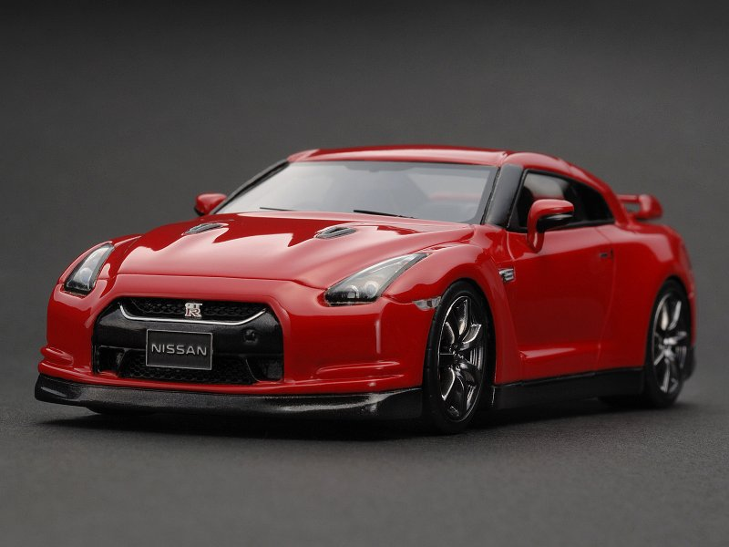 8406 Nissan Gt R R35 Vibrant Red